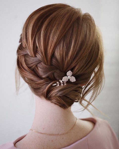 Wedding hairstyle with hairpins bright