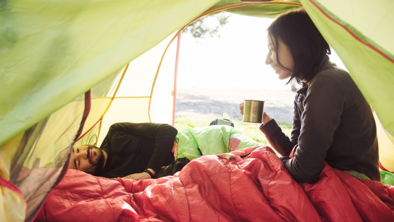 how to wash a synthetic sleeping bag