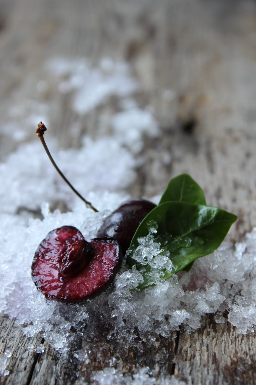 Should cherries be refrigerated
