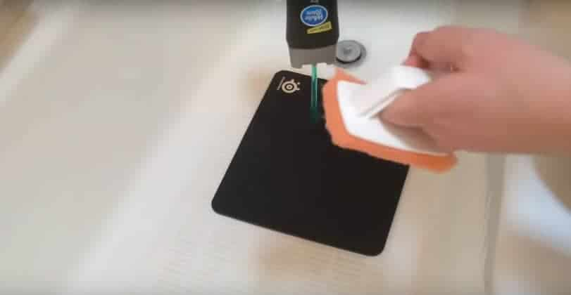 SteelSeries mouse pad cleaning
