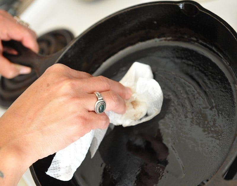 clean grease from oven