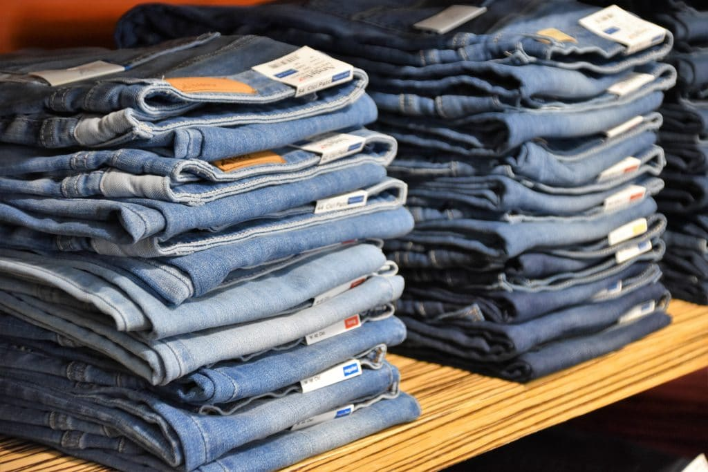 How to Acid-Wash Jeans