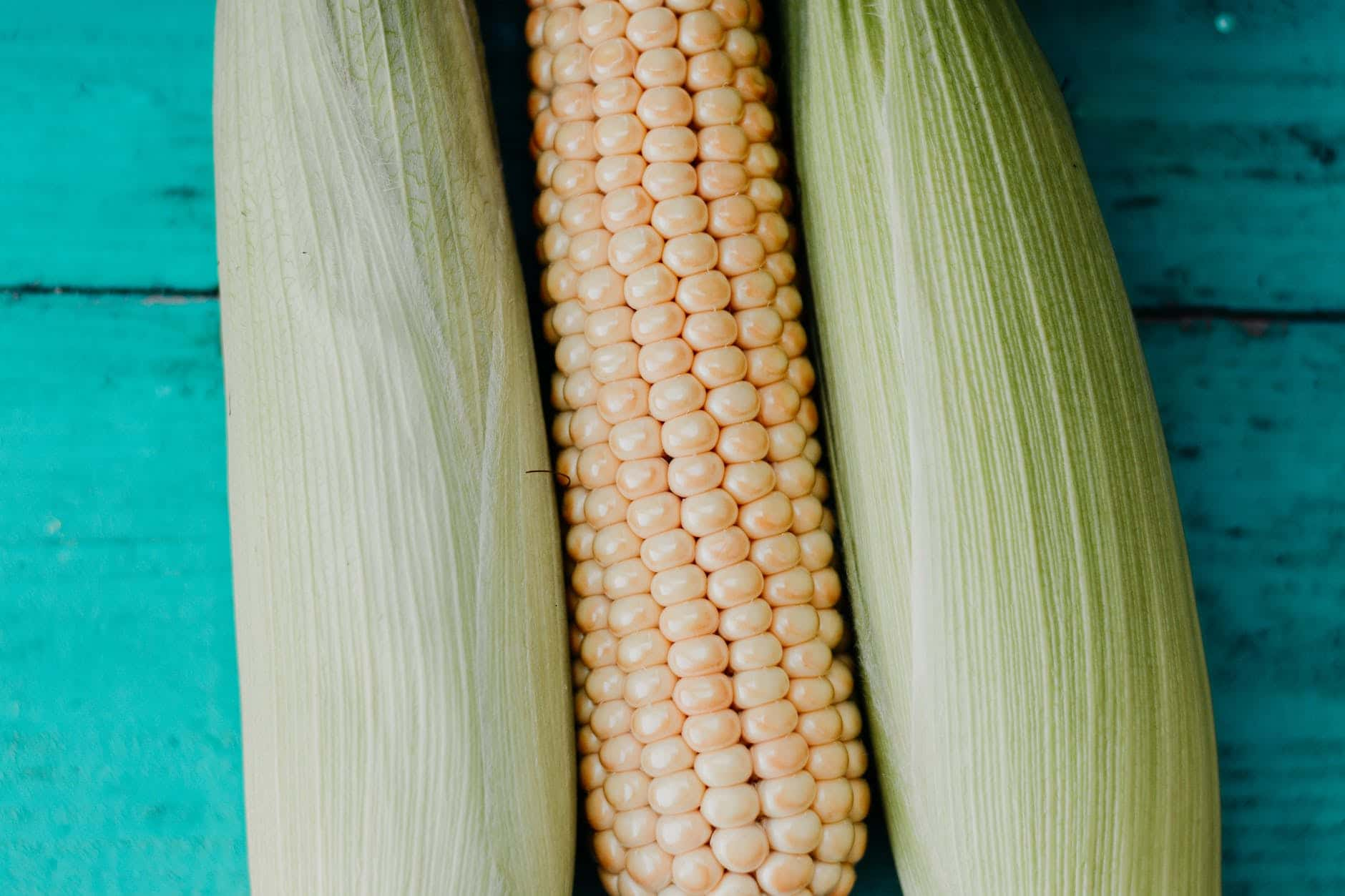 Storing fresh corn on the cob