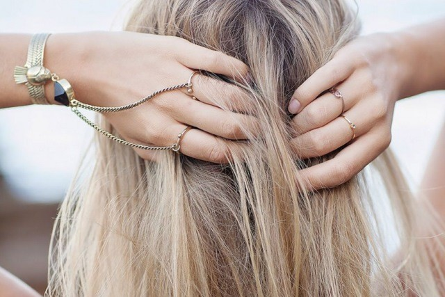 remove brassiness from hair